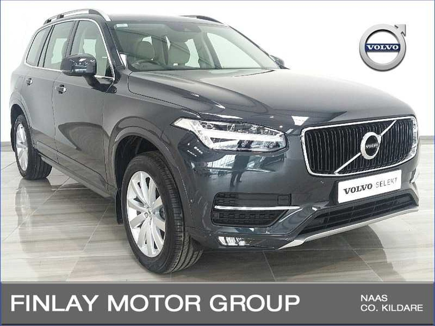 Volvo  D4 Momentum Automatic ,(Winter Pack , Park Pilot , Rear Camera )